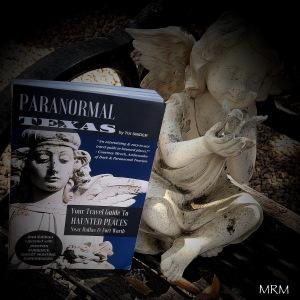 Paranormal Texas bookstagram
